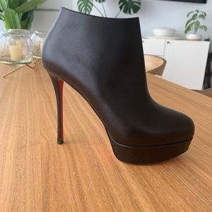 """NEW Christian Louboutin """"Dirdie"""" booties size 37"""